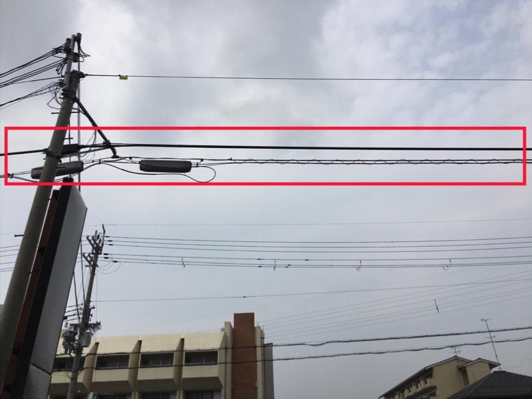 電線の光ファイバー