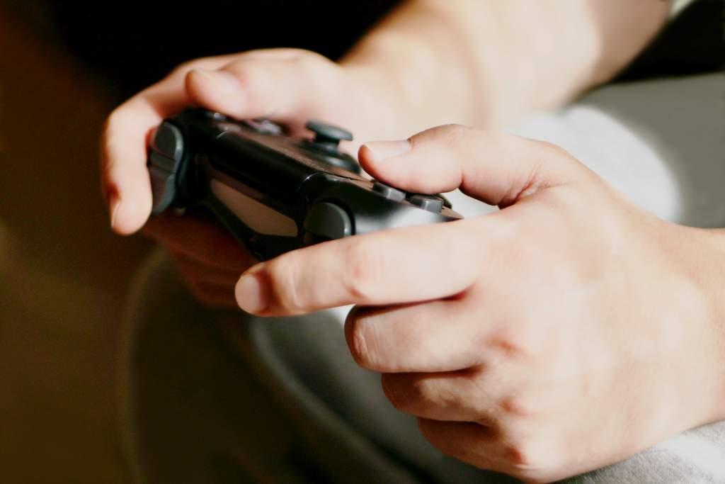 ゲーム機のコントローラー