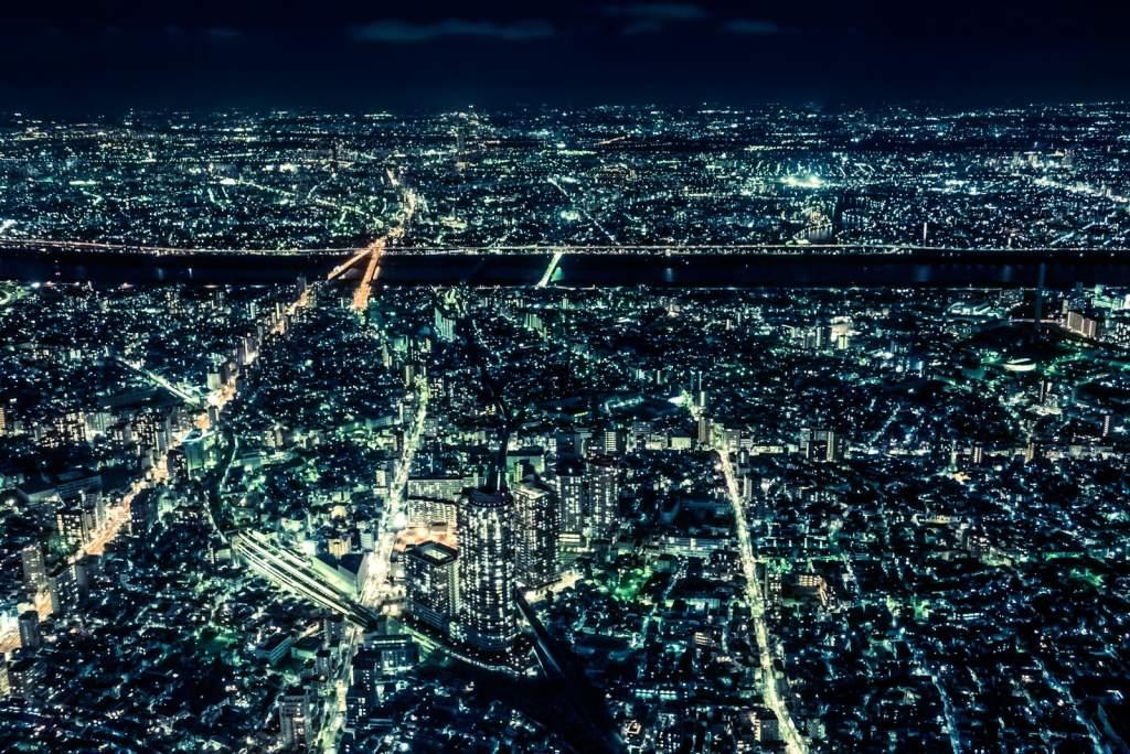 大都会、東京の夜景